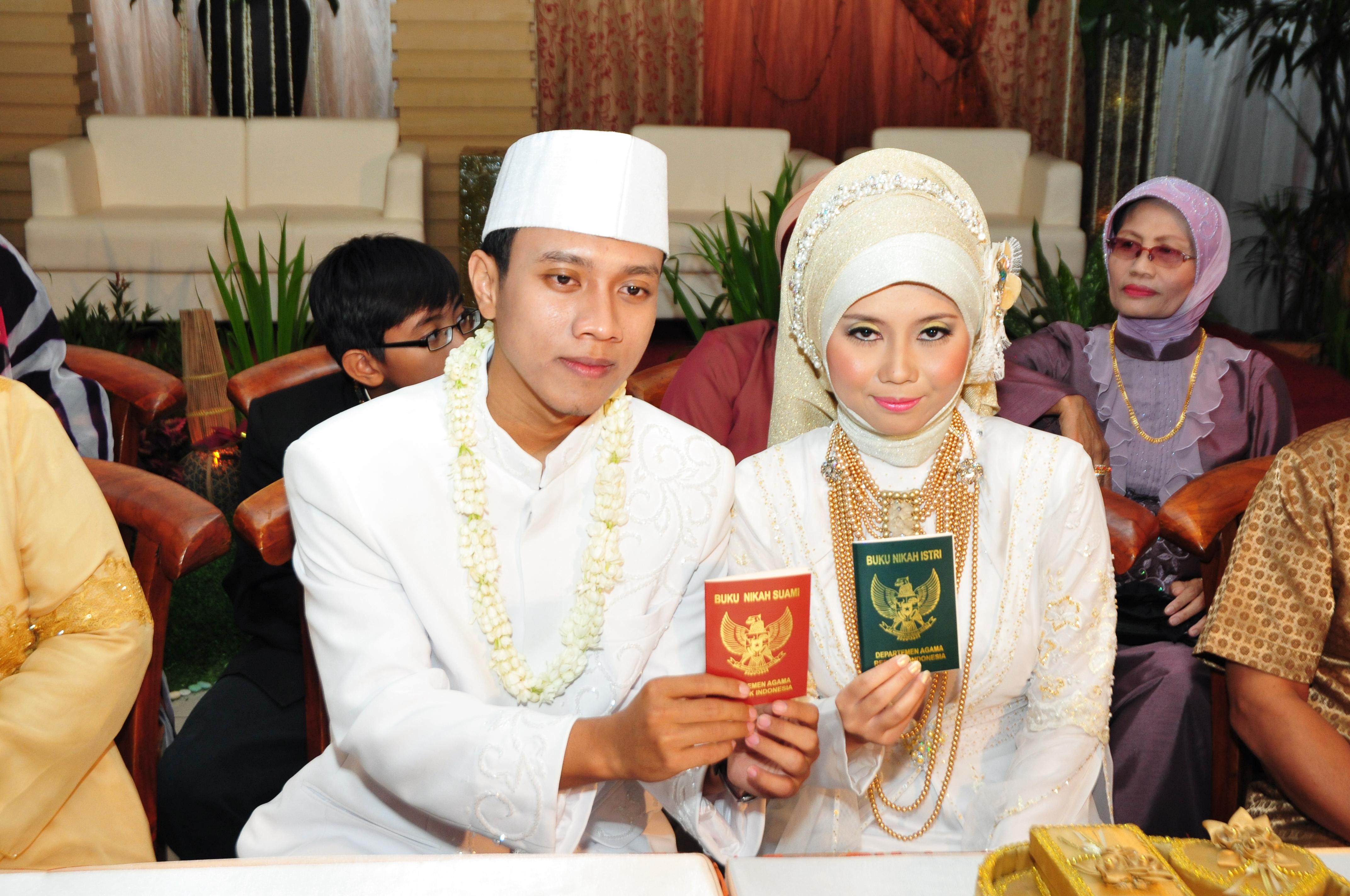 4 langkah mengurus surat nikah ke KUA