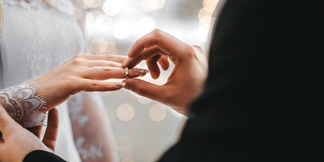 Biaya Menikah